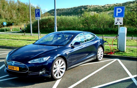 Tesla is a trendsetter among manufacturers of electric cars