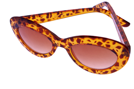 Sunglasses in leopard print.