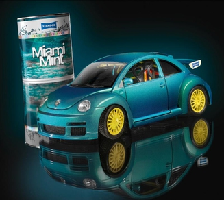 Model VW Beetle in a racing version in Miami Mint