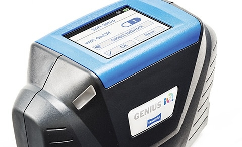 Standox Genius iQ close-up view display